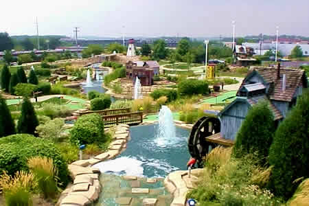 miniature-golf-fun-fore-all