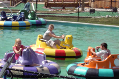 amusement-products-bumper-boats